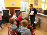 Fotogalerie S Kamilem po knihovně, foto č. 5