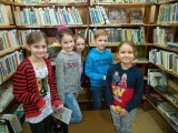 Fotogalerie Druhá třída v knihovně, foto č. 5