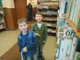 Fotogalerie Druhá třída v knihovně, foto č. 3