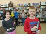 Fotogalerie Druhá třída v knihovně, foto č. 2